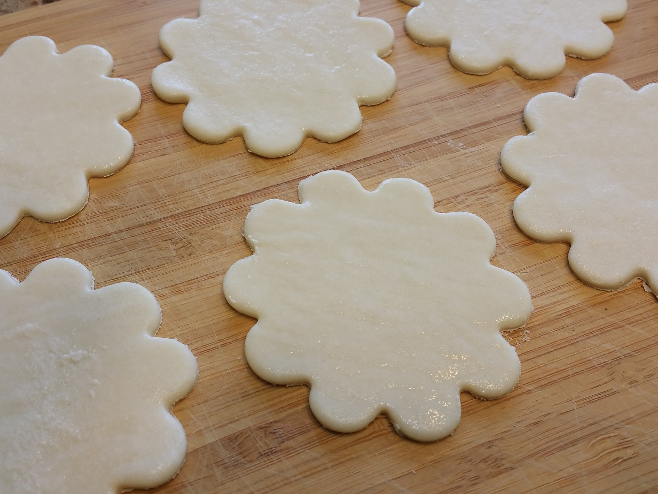 Puff_Pastry_Crinkle_Cutouts